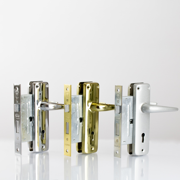 3-lever-locks-and-handles
