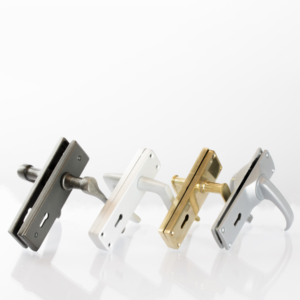 group_door_handles_2_3_and_4_lever